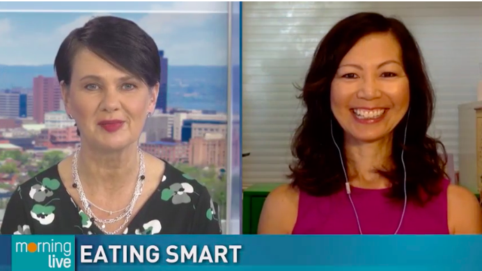 TV host Annette Hamm chatting with dietitian Sue Mah